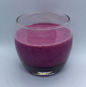 Maqui Pluot Raspberry Smoothie