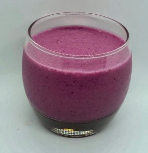 Dragon Fruit Blackberry Smoothie